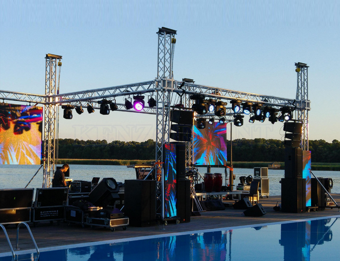 TUV certificate customised event Aluminium bolt stage global truss/mini lighting truss/lowes roof trusses