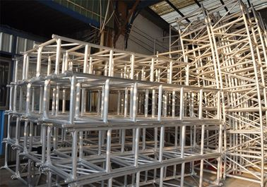 China Aluminum Scaffolding Stage Lighting Modular Truss System Rust Resistance distributor